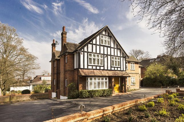 Thumbnail Detached house to rent in Hampstead Lane, Kenwood