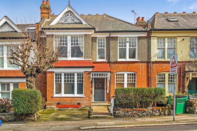 Thumbnail Flat for sale in Dukes Avenue, Muswell Hill