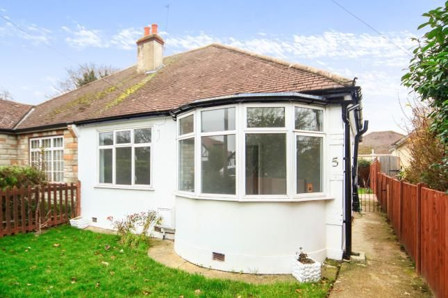 Thumbnail Bungalow for sale in Bywood Avenue, Shirley, Croydon