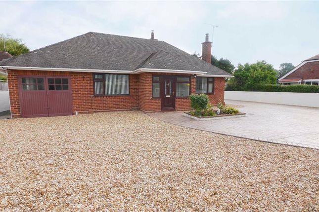 2 bed detached bungalow to rent in Stryt Isa, Wrexham LL12