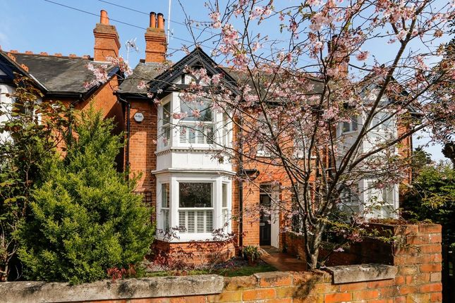 Thumbnail Semi-detached house to rent in Vicarage Road, Henley-On-Thames