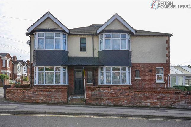 Thumbnail Semi-detached house for sale in Wilton Avenue, Southampton, Hampshire