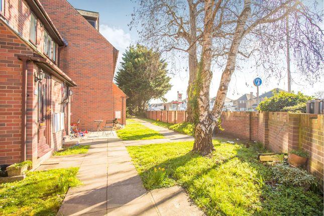 Communal Gardens of Uxbridge Road, Hayes UB4
