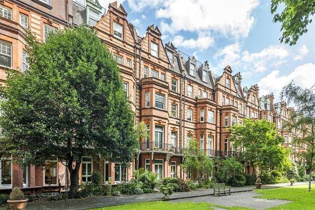 Thumbnail Property for sale in Sloane Gardens, Chelsea