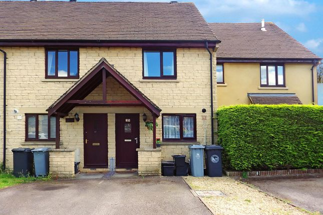 Thumbnail Terraced house to rent in Ralegh Crescent, Witney, Oxfordshire