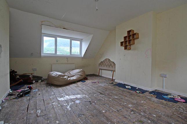 Bedroom 1 of Treneol, Cwmaman, Aberdare CF44