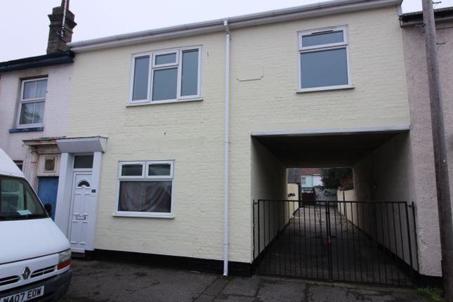 Thumbnail Terraced house to rent in Tonning Street, Lowestoft