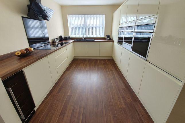 Thumbnail Flat for sale in James Reckitt Avenue, Hull