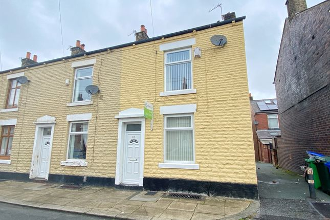 Thumbnail Terraced house to rent in Crown Street, Rochdale