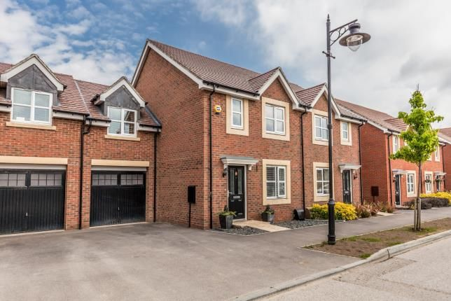 Thumbnail Semi-detached house for sale in Nightingale Road, Worthing, West Sussex