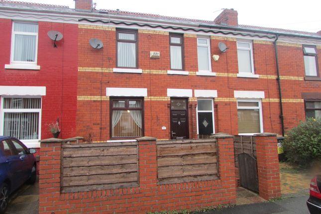Thumbnail Terraced house to rent in Victoria Street, Denton