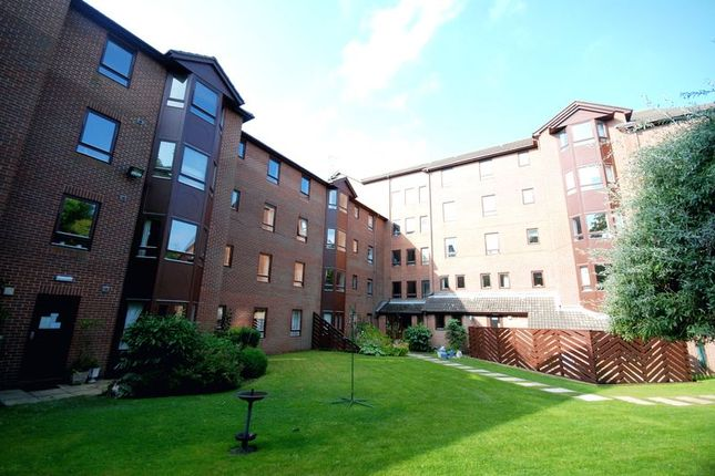 2 bed flat for sale in Ettrick Lodge, The Grove, Gosforth