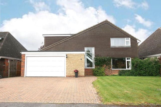 Thumbnail Detached house for sale in Good Intent, Edlesborough, Bucks