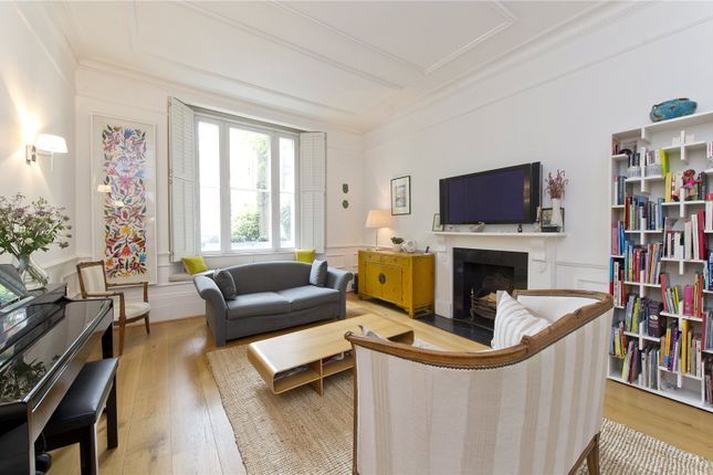 Thumbnail Maisonette for sale in Kensington Church Street, London