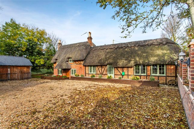 Thumbnail Detached house for sale in Botley Road, Fair Oak, Hampshire