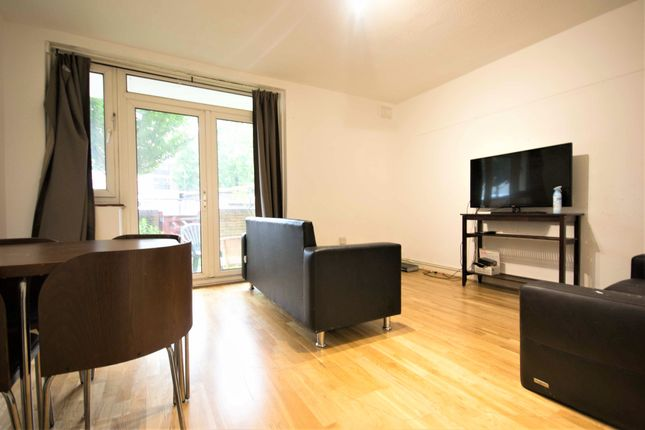 Thumbnail Flat to rent in Hope Street, Clapham Junction