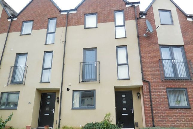 Thumbnail Town house to rent in Sams Lane, West Bromwich