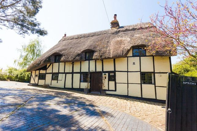 Thumbnail Detached house for sale in Orchard Way, Botolph Claydon, Buckingham