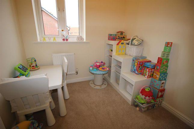 Bedroom of Holloway Close, St Andrews Ridge, Swindon SN25