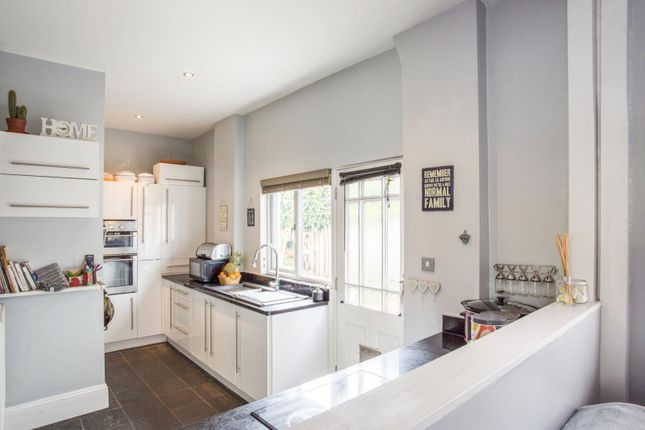 Thumbnail Detached house to rent in Queens Road, Felixstowe