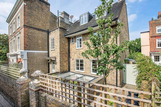 Thumbnail Property to rent in Upper Mall, Chiswick Mall