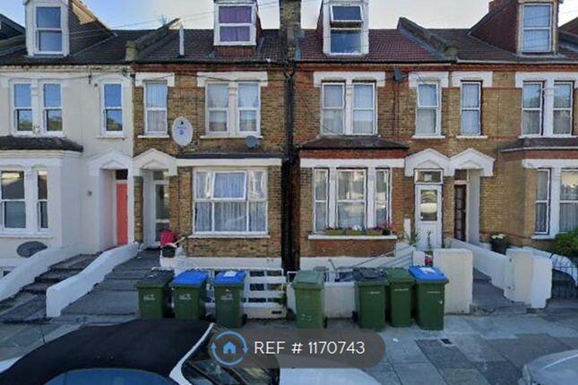 Thumbnail Maisonette to rent in Saunders Road, London