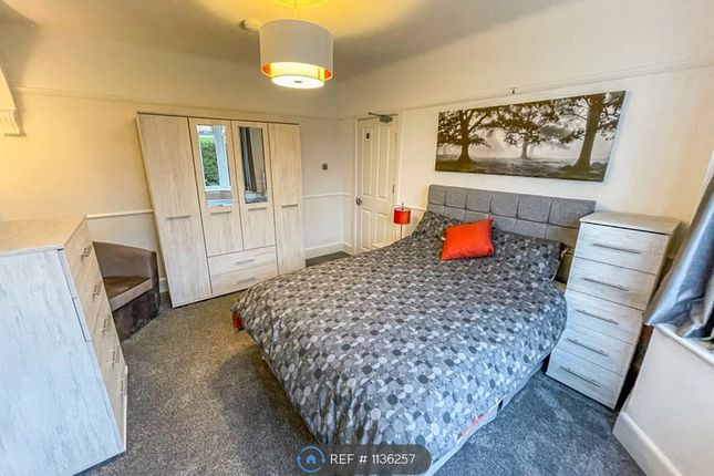 Room to rent in Farcroft Road, Poole BH12