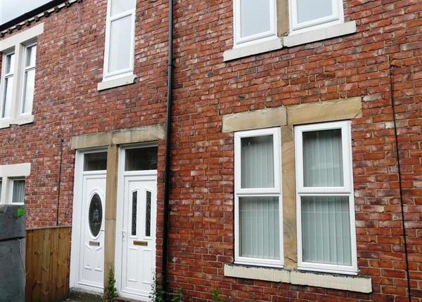 Thumbnail Flat to rent in Lesbury Street, Lemington, Newcastle Upon Tyne
