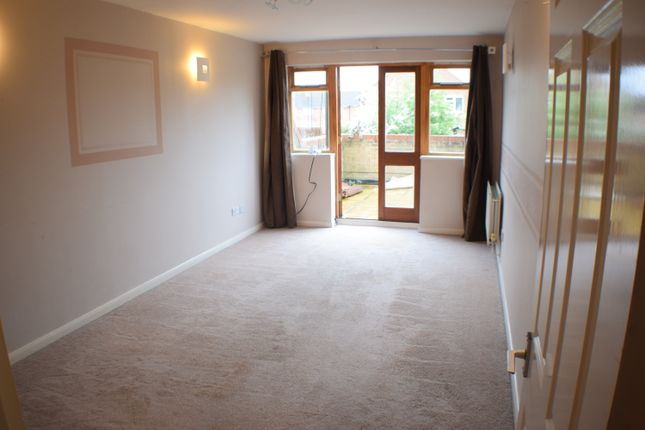 Thumbnail Flat to rent in Honeysuckle Court, High Street, Colnbrook, Slough