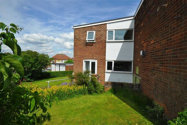 Thumbnail Town house to rent in Red Hall Avenue, Connah's Quay, Deeside