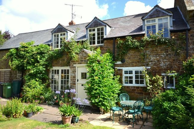 Thumbnail Terraced house for sale in The Green, Blakesley, Towcester