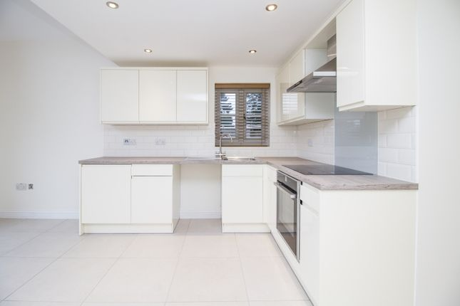 Thumbnail Studio to rent in Popes Piece, Burford Road, Witney