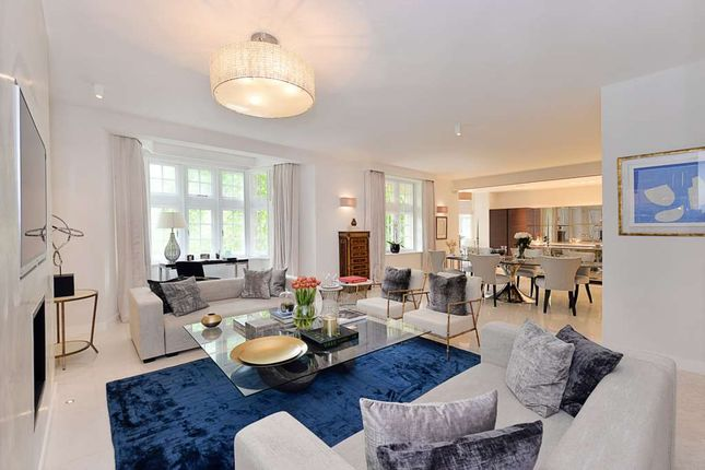 4 bed flat for sale in Knightsbridge, London