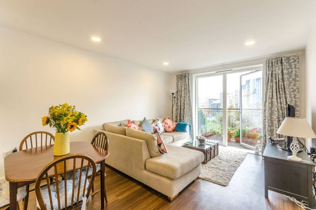 Thumbnail Flat to rent in Market Road, Islington