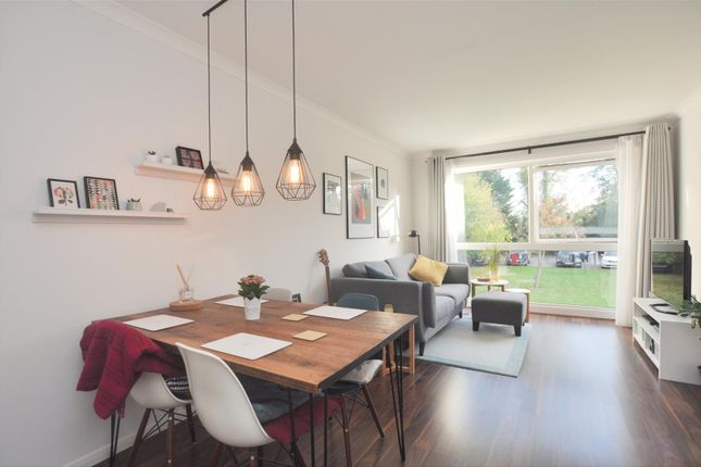 2 bed flat for sale in Lancaster Avenue, Hitchin SG5