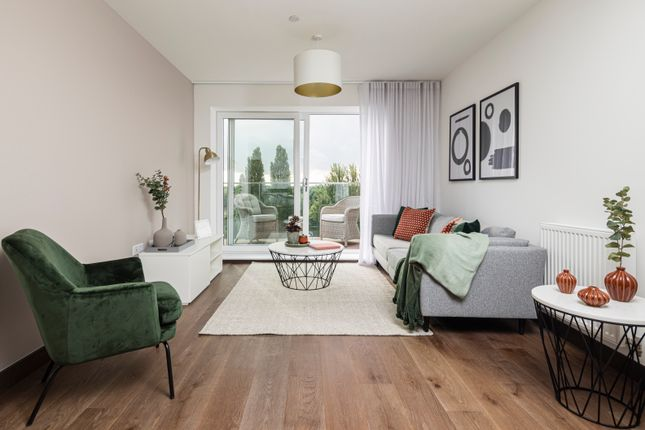 Thumbnail Flat for sale in Fletton Quays, Peterborough