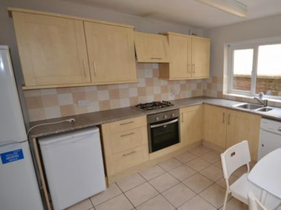 Thumbnail Semi-detached house to rent in Glanbrydan Avenue, Uplands, Swansea