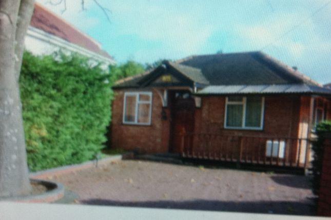 Thumbnail Bungalow to rent in Off Tentelow Lane, Norwood Green