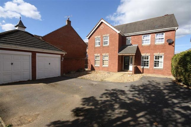 Thumbnail Detached house for sale in Curlew Drive, Chippenham, Wiltshire
