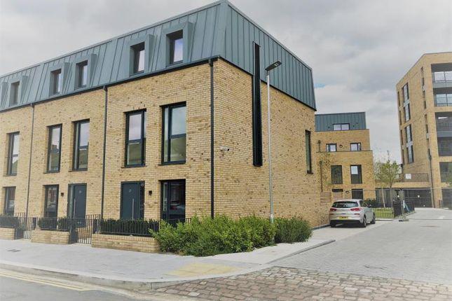 Thumbnail Town house to rent in Grafton Quarter, Croydon