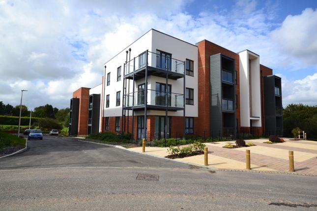Thumbnail 1 bed flat for sale in Goodwood House, Brooklands Road, Bexhill-On-Sea