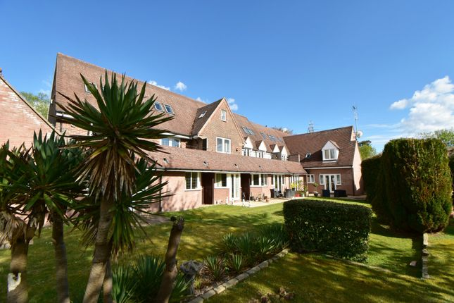 2 bed flat for sale in Pool Meadow Close, Solihull B91