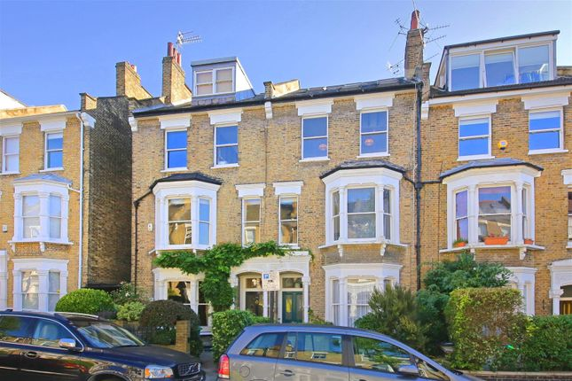 Thumbnail Flat for sale in Courthope Road, London