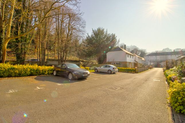 Parking 1 of Hayle Mill Road, Maidstone ME15