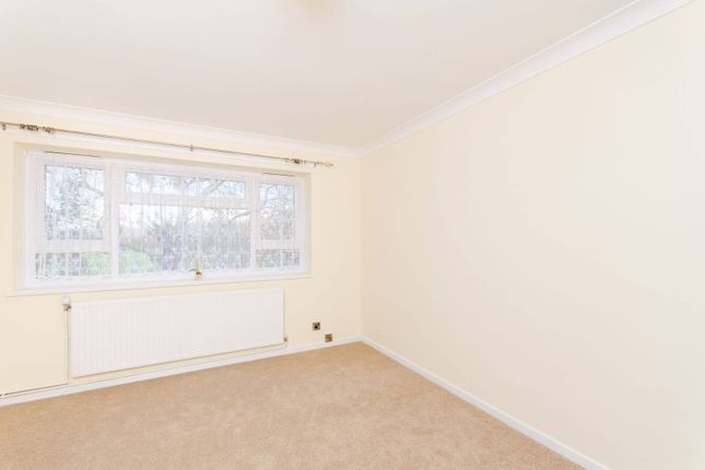 Thumbnail Flat to rent in Forest View Road, Manor Park