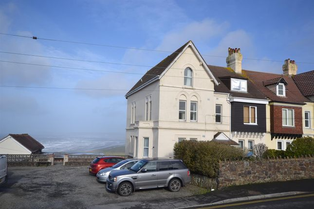 2 bed flat for sale in Bay View Road, Northam, Bideford