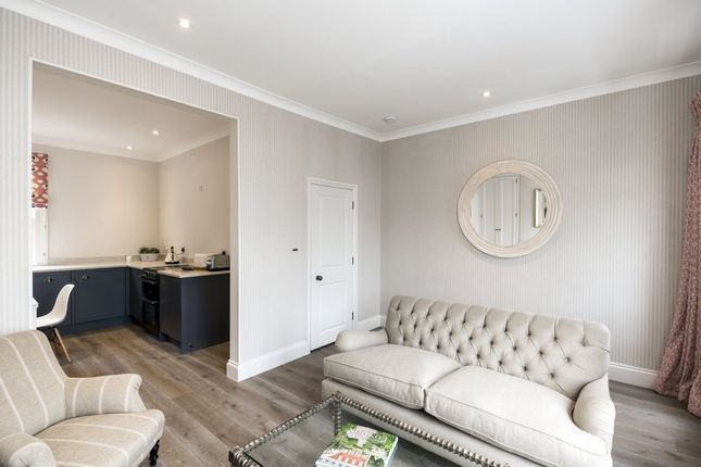 Thumbnail Maisonette to rent in Foskett Road, London