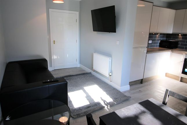 Thumbnail Property to rent in Chelsea Mews, Lancaster