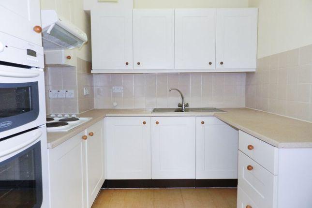 Kitchen of Ash Lodge (Pegasus Court), Hook RG27