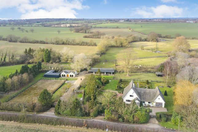 Thumbnail Detached house for sale in Blind Lane, West Hanningfield, Chelmsford